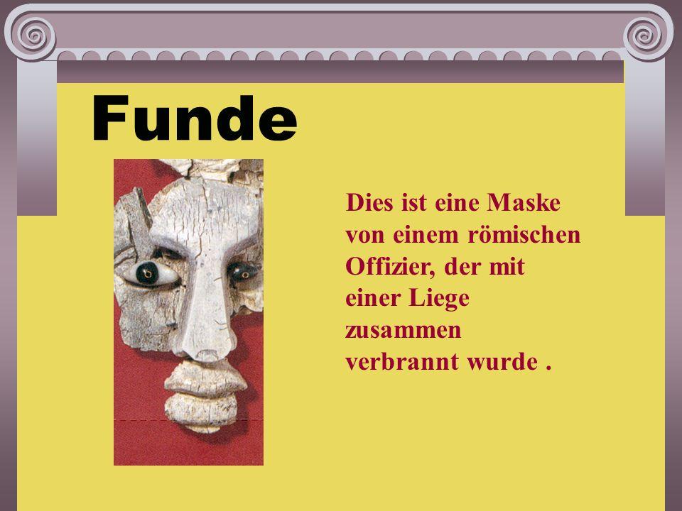 Bei Kalkriese nördlich von Osnabrück in Niedersachsen Woher weiß man das? Durch: Münzfunde, archäologische Ausgrabungen, wissenschaftliche Recherchen.