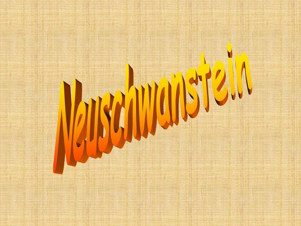 Neuschwanstein, Lindenhof und Herrenchiemsee heißen seine Fluchtburgen aus der Realität.
