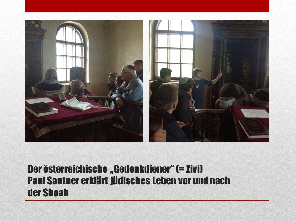 """Der österreichische """"Gedenkdiener"""" (= Zivi) Paul Sautner erklärt jüdisches Leben vor und nach der Shoah"""