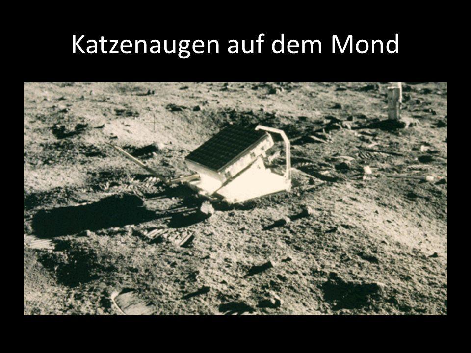 Katzenaugen auf dem Mond