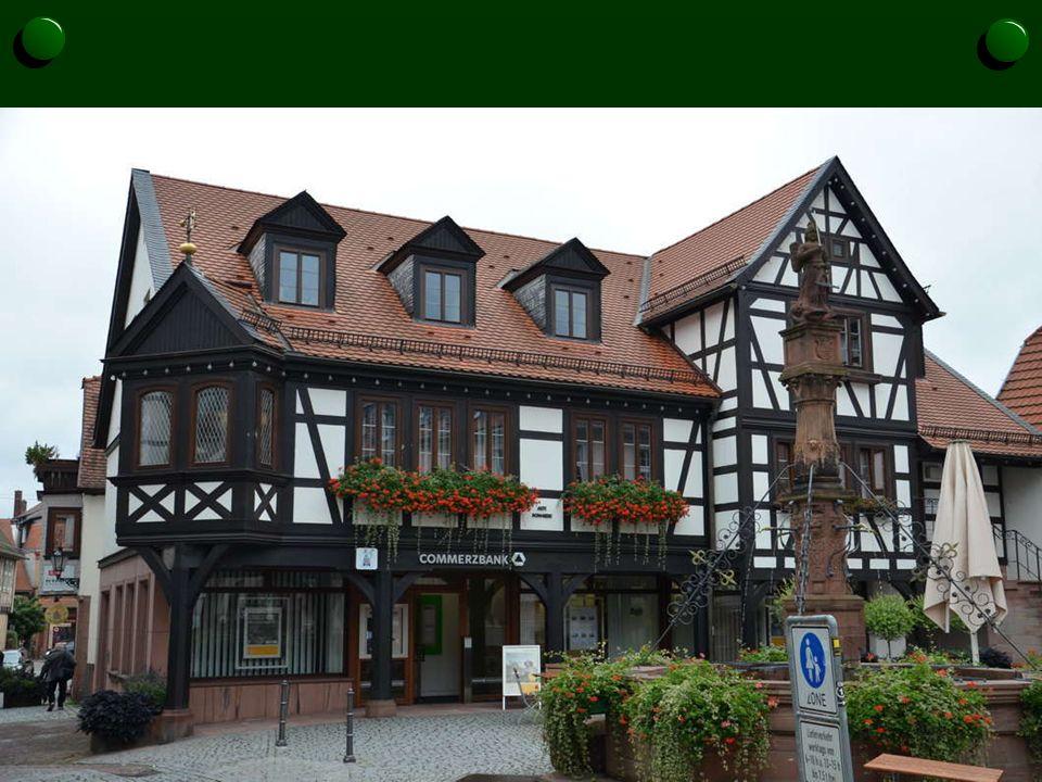 In diesem Haus ist heute die Commerzbank untergebracht.