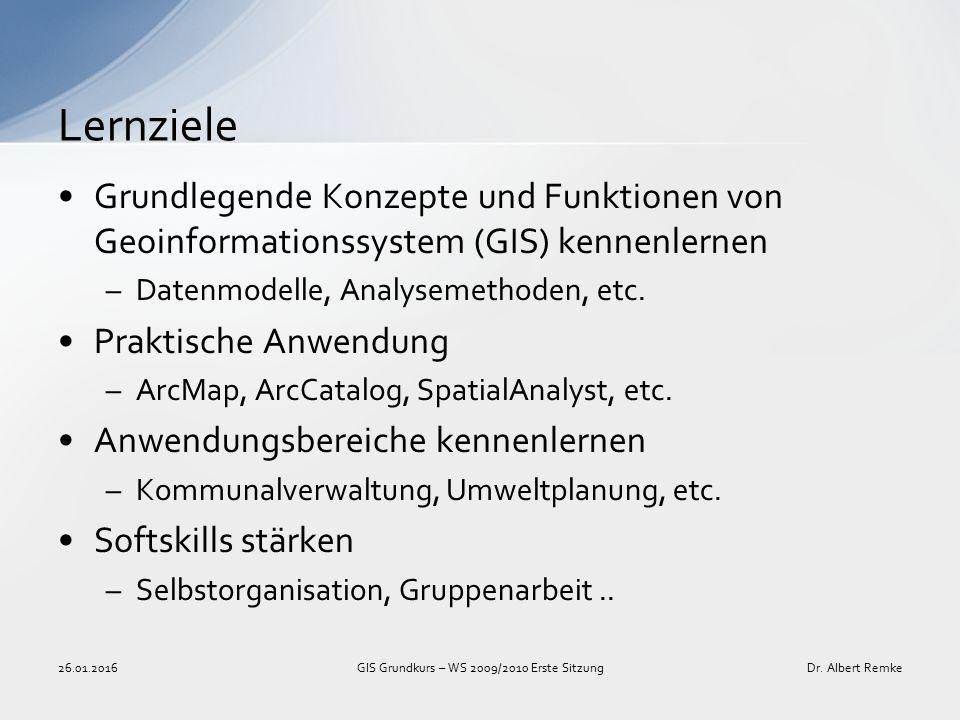 """Sie erlernen die Funktionsweise und Handhabung von Werkzeugen -> GIS-Werkzeuge sind wesentliches Arbeitsmittel zur Bearbeitung und Analyse raumbezogener Daten Sie erarbeiten sich eine Basis für Aufgaben in der Geoinformatik- Forschung und der Softwareentwicklung -> Die Entwicklung neuer Methoden und Werkzeuge baut auf der Kenntnis bestehender Technologien auf Sie verbessern Ihre Chancen auf dem Arbeitsmarkt -> GIS-Kenntnisse sind relevant für den Arbeitsmarkt -> ArcGIS ist weit verbreitet -> """"Softskills (Selbstorganisation, interdisziplinäres Arbeiten, Teamfähigkeit,..) sind zunehmend bedeutend Wo liegt der Nutzen."""