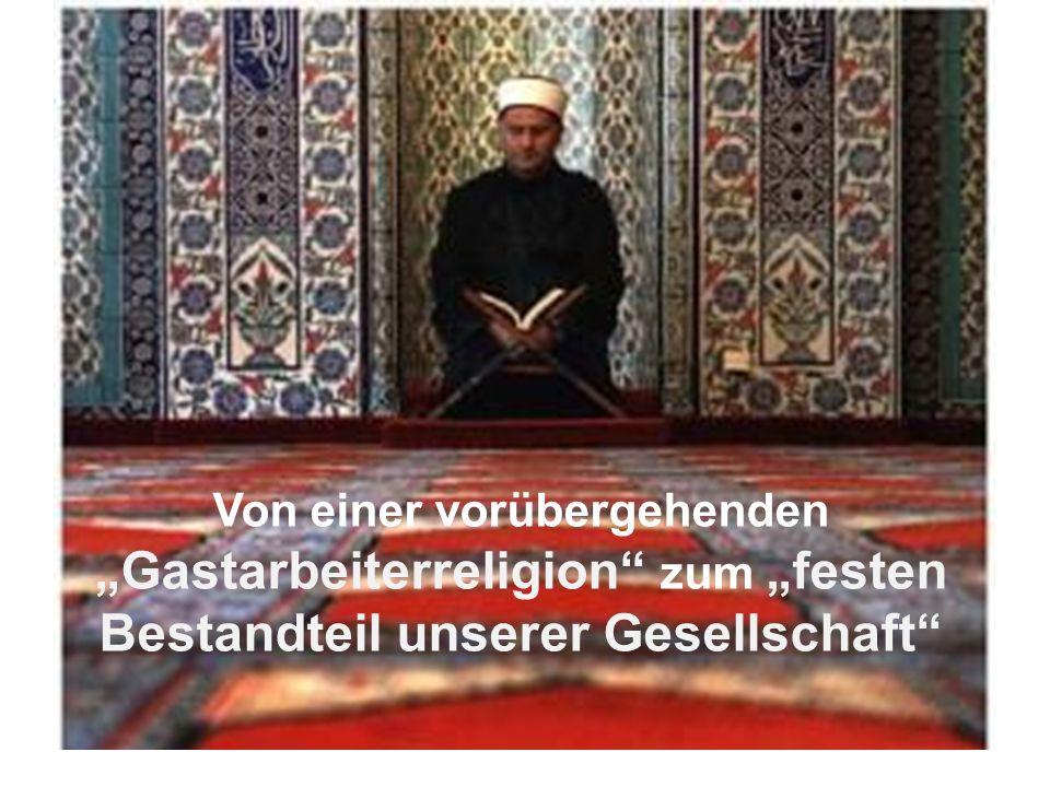 Gliederung I.Grundlagen über den Islam II.Wahrnehmung des Islams – Passantenbefragung III.Islambild in Deutschland 2015 IV.Islamfeindlichkeit