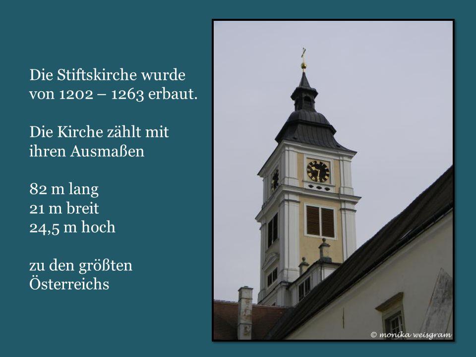 Die Stiftskirche wurde von 1202 – 1263 erbaut.
