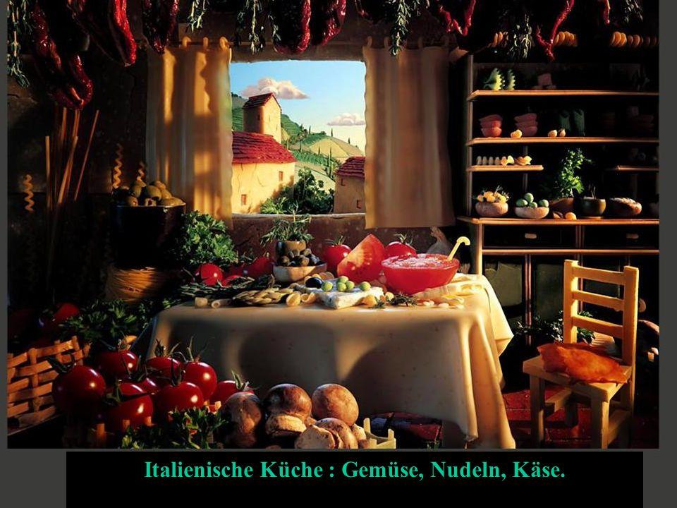 Italienische Küche : Gemüse, Nudeln, Käse.
