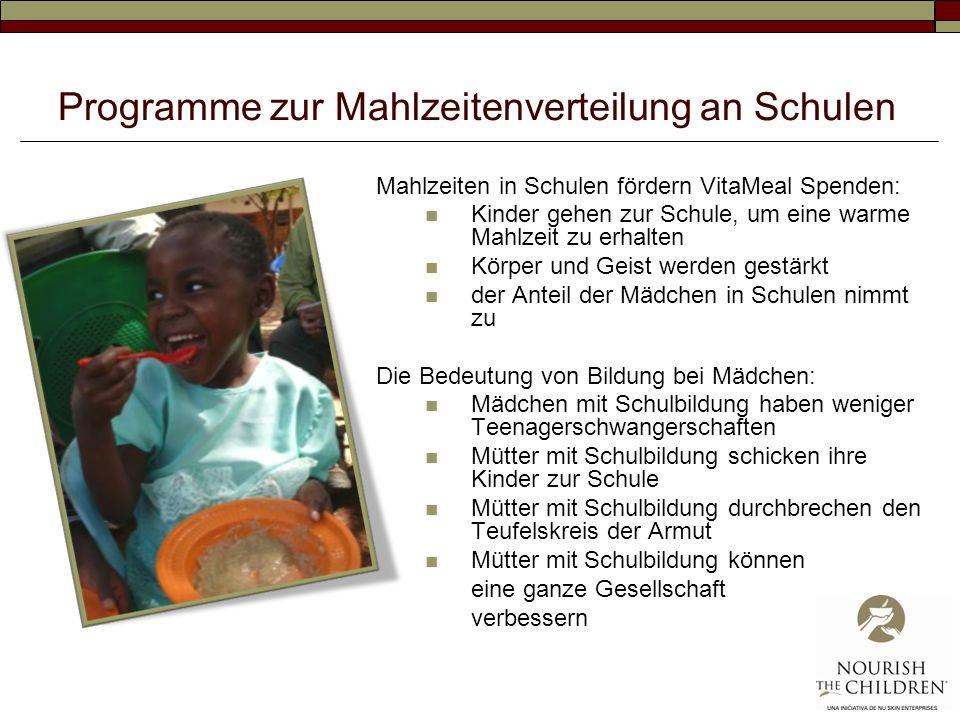 Programme zur Mahlzeitenverteilung an Schulen Mahlzeiten in Schulen fördern VitaMeal Spenden: Kinder gehen zur Schule, um eine warme Mahlzeit zu erhal