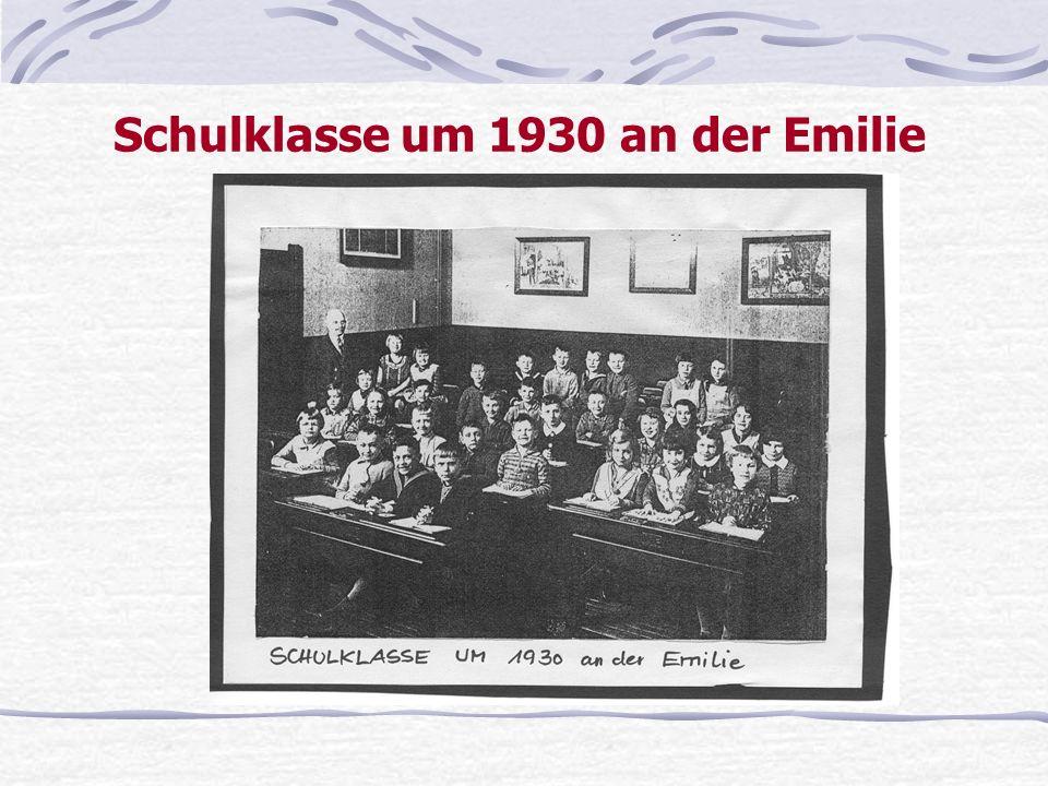 Schulklasse um 1930 an der Emilie