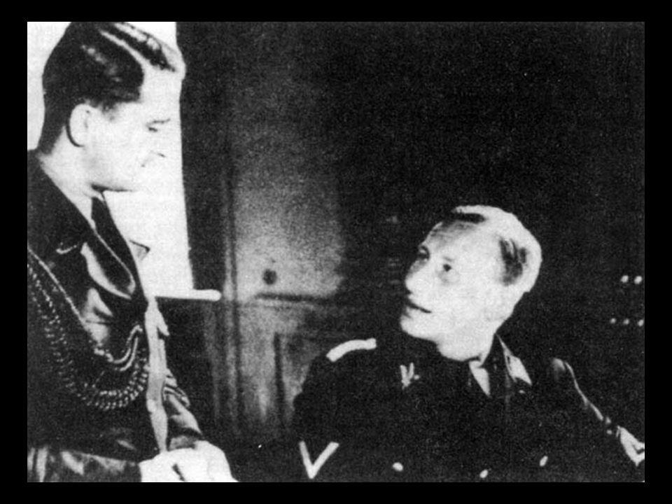 SS-Obergruppenführer Heydrich bei einem Empfang der neugebildeten tschechischen Staatsregierung als Stellvertretender Reichsprotektor in Böhmen und Mä