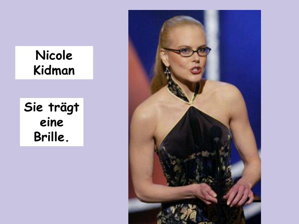 Nicole Kidman Sie trägt eine Brille.