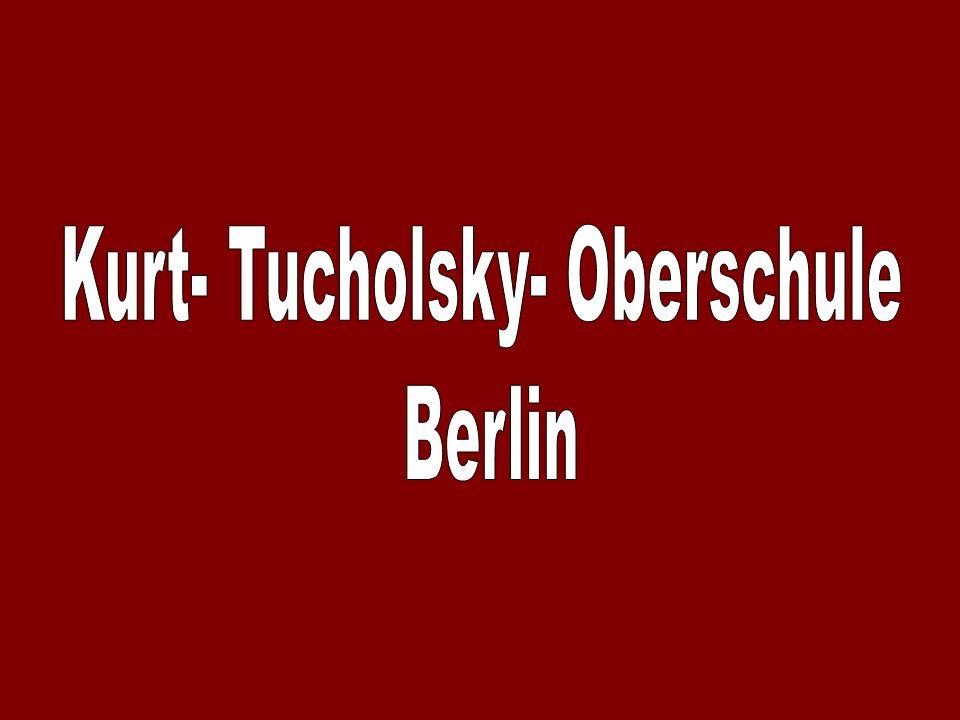 Unsere Schule trägt den Namen Kurt Tucholsky.Er lebte von 1890 bis 1935.