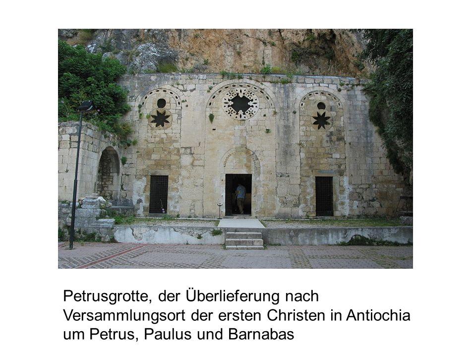 Petrusgrotte, der Überlieferung nach Versammlungsort der ersten Christen in Antiochia um Petrus, Paulus und Barnabas