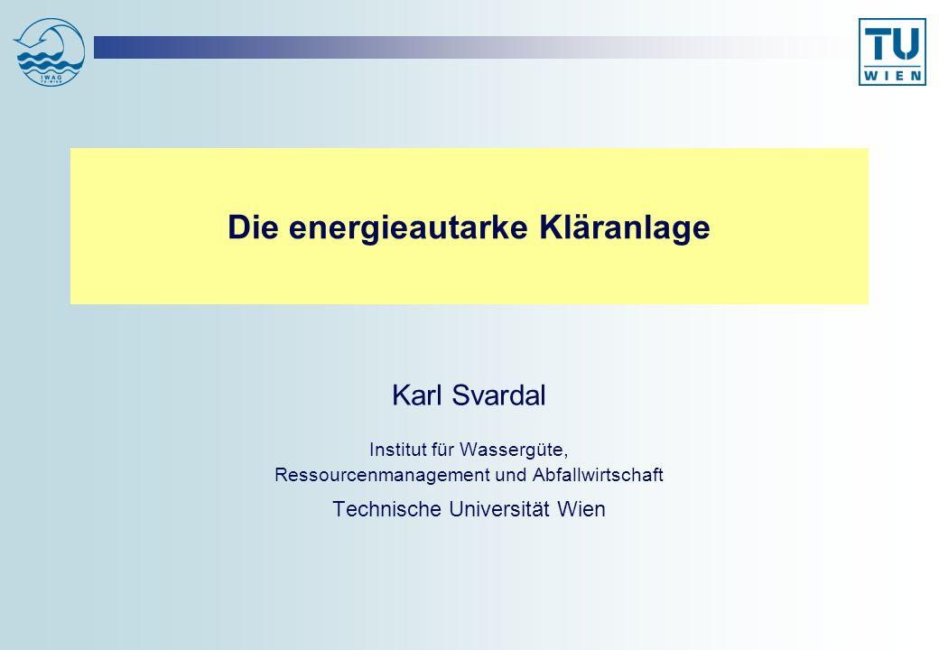 Fallbeispiel 4: 1-stufige Belebungsanlage ohne Vorklärung, intermittierende Belüftung, 75% N-Entfernung Sauerstoffertrag OP = 1,7 kg O 2 /kWh; Sauerstoffgehalt im BB c x =1,0 mg/l OV gesamt=: 67 + 7,3 + 11,9 = 86 g O 2 /EW/d; Belüftungsenergie = (86/1,7) * 10/9 = +56,2 Wh/EW/d Energiebilanz: +56,2 Wh/EW/d (+2,3 W/EW) CSB Zulauf (11 g N/EW/d)110 g/EW/d CSB Ablauf9 g/EW/d CSB-Entfernung in Belebung101 g/EW/d OVC67 g/EW/d CSB im stabilisierten ÜS (2,3 g N/EW/d)34 g/EW/d OVDN: N-Entfernung 7 g N/EW/d: 7 * 1,7=11,9 g/EW/d OVN (NO 3 -N im Ablauf: (11 – 2,3 – 7) 4,3 =7,3 g/EW/d