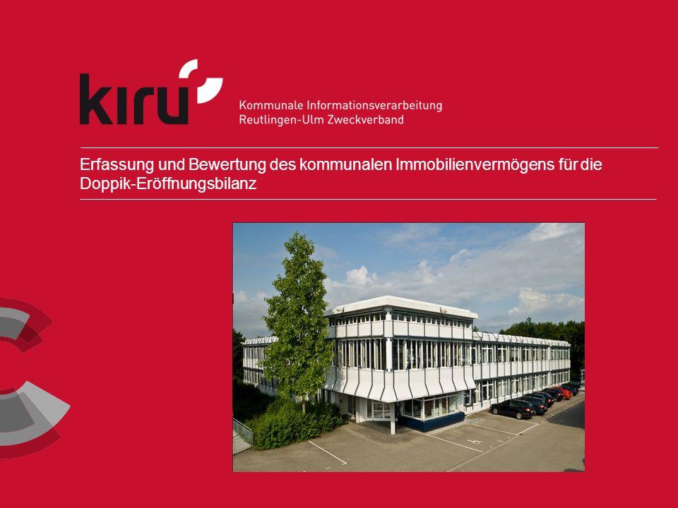 AnKom2 2 Copyright AnKom2 ¬Auf die Kommunen kommen im Rahmen der Einführung der kommunalen Doppik erhebliche Aufgaben zu.