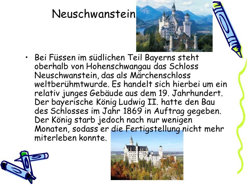 Neuschwanstein Bei Füssen im südlichen Teil Bayerns steht oberhalb von Hohenschwangau das Schloss Neuschwanstein, das als Märchenschloss weltberühmtwu