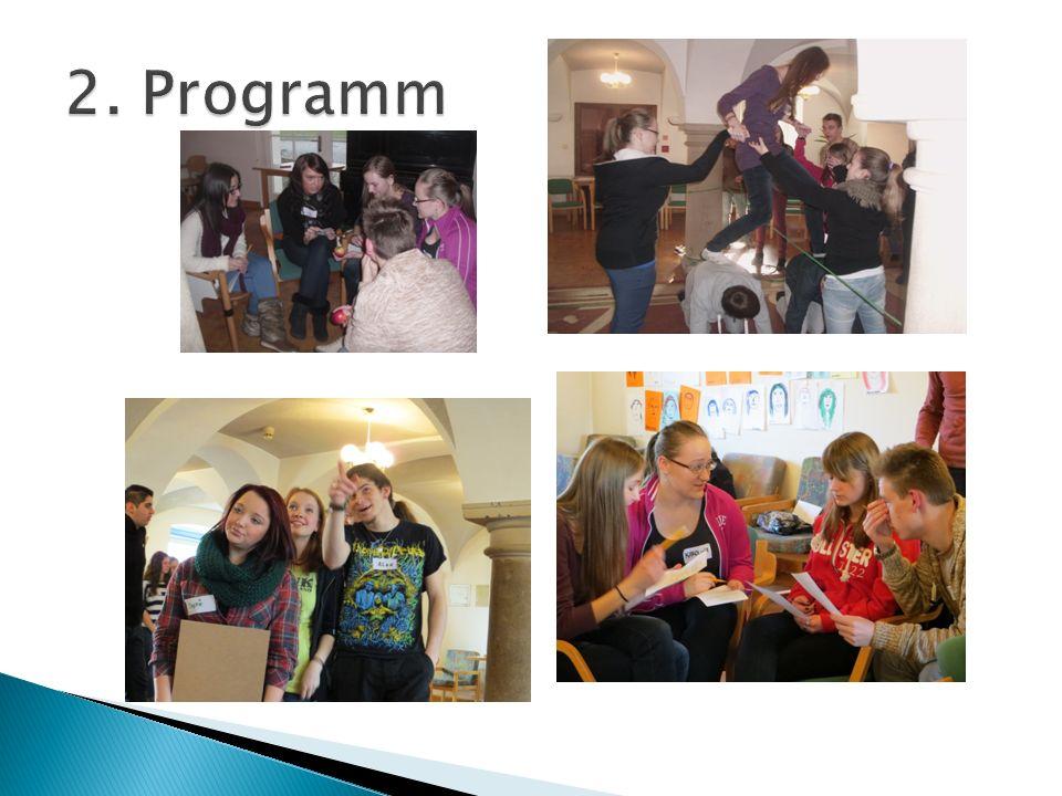Gegenseitige Vorstellung der Länder und Schulen Gemeinsame Gestaltung des Abendprogramms (Disco, Gespräche etc.)