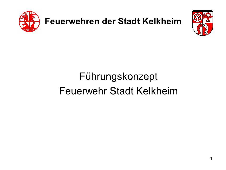 12 Feuerwehren der Stadt Kelkheim Aufbau der Führungsstruktur Stufe B (mehr als eine Wehr im Einsatz im Zug, mit Abschnittsbildung) Einsatzleiter: wie zuvor beschrieben diverse Fahrzeugführer Einheitsführer entspr.