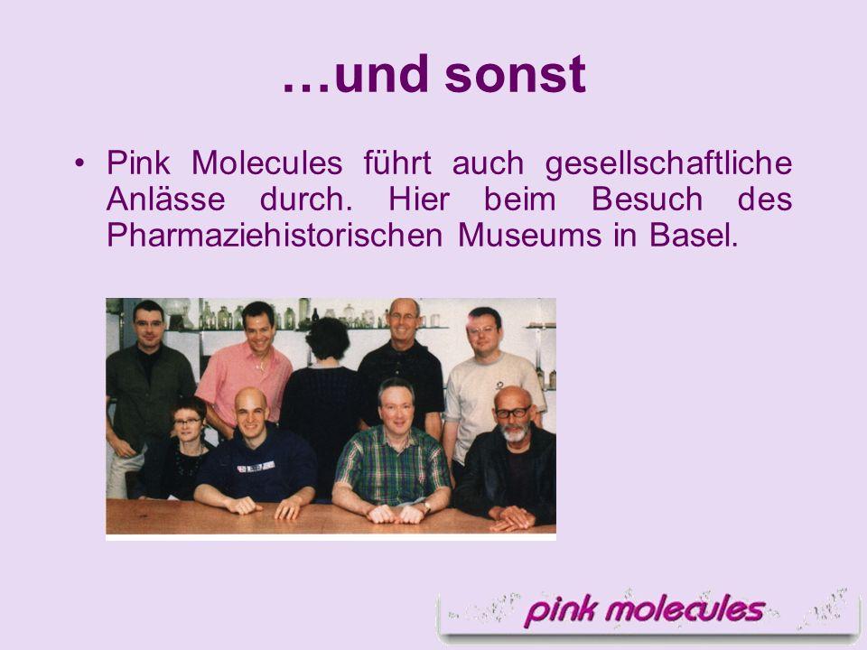 …und sonst Pink Molecules führt auch gesellschaftliche Anlässe durch. Hier beim Besuch des Pharmaziehistorischen Museums in Basel.
