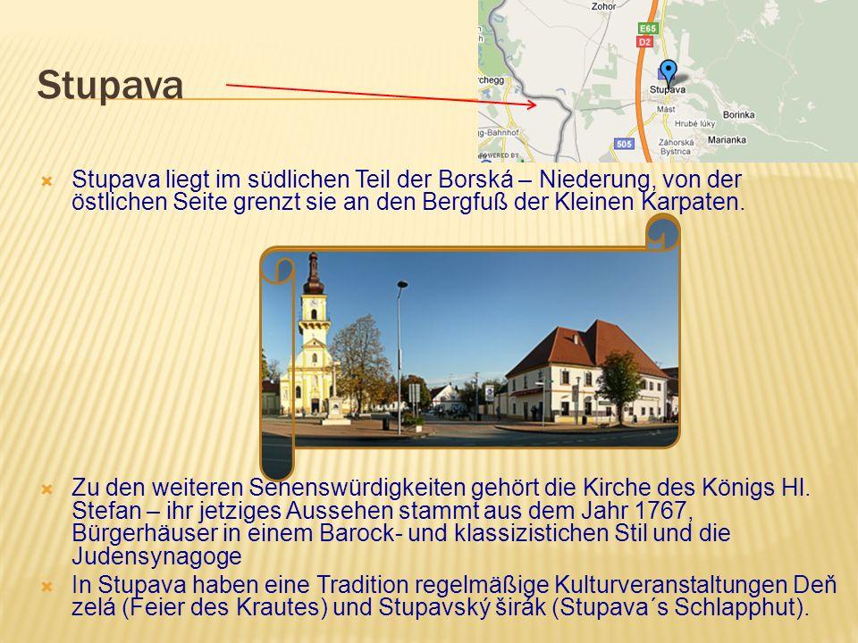 8 km westlich von Bratislava befindet sich die Ruine der Grenzburg Devín, an der Einmündug der March in die Donau.Von oben ist eine schöne Aussicht.