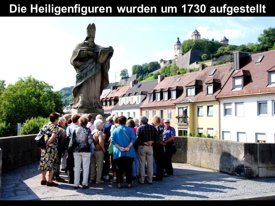 Die Heiligenfiguren wurden um 1730 aufgestellt