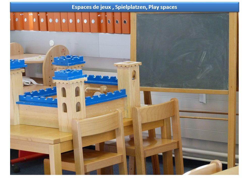 Espaces de jeux, Spielplatzen, Play spaces