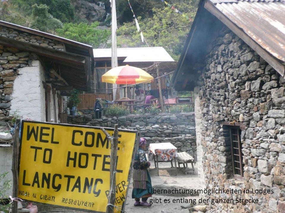 Übernachtungsmöglichkeiten in Lodges gibt es entlang der ganzen Strecke
