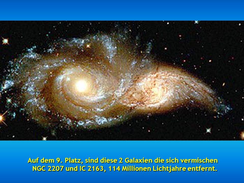 Auf dem 8. Platz, ist dieses schöne Bild Sternennacht Es wird auch als Lichtecho bezeichnet.