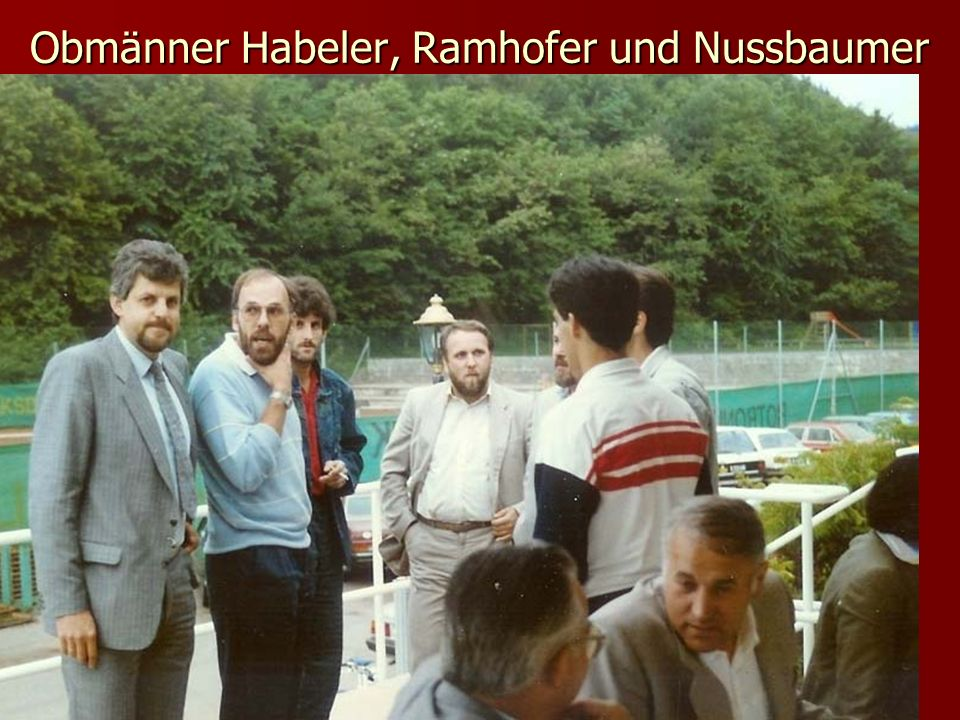 Altbürgermeister Habeler, Obmann Schweiger mit Besuchern