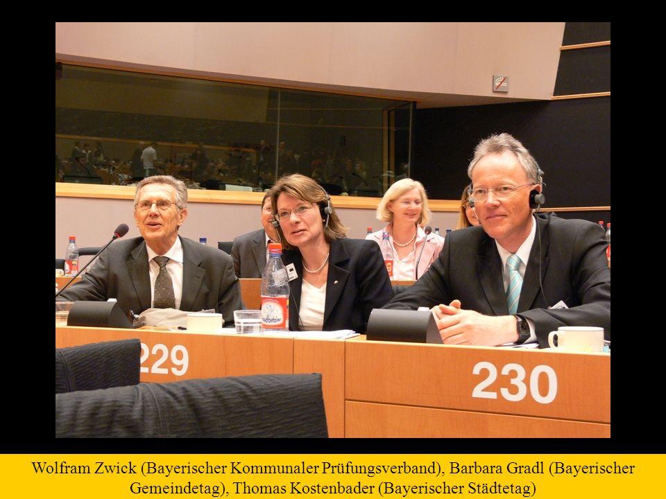 Wolfram Zwick (Bayerischer Kommunaler Prüfungsverband), Barbara Gradl (Bayerischer Gemeindetag), Thomas Kostenbader (Bayerischer Städtetag)