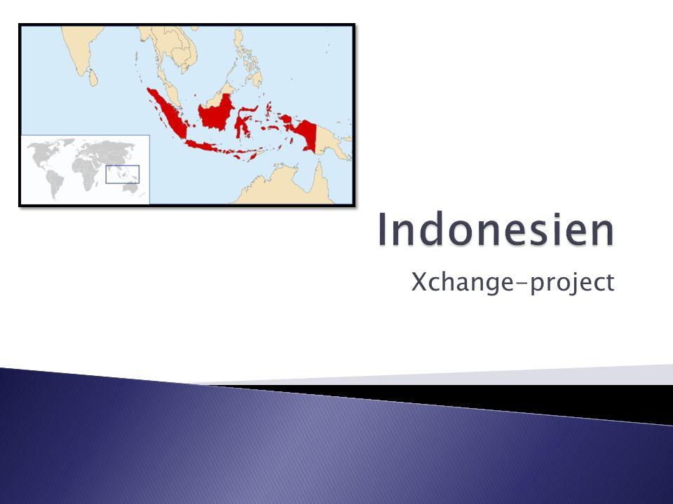 Hauptstadt:Jakarta Fläche:1.927.597 km² Einwohnerzahl:236,8 Millionen Bevölkerungsdichte:123,8 pro km² BIP/Einwohner:1.925 US$ Währung:Rupiah Nationalhymne:Indonesia Raya Zeitzone:UTC+7 bis UTC+9