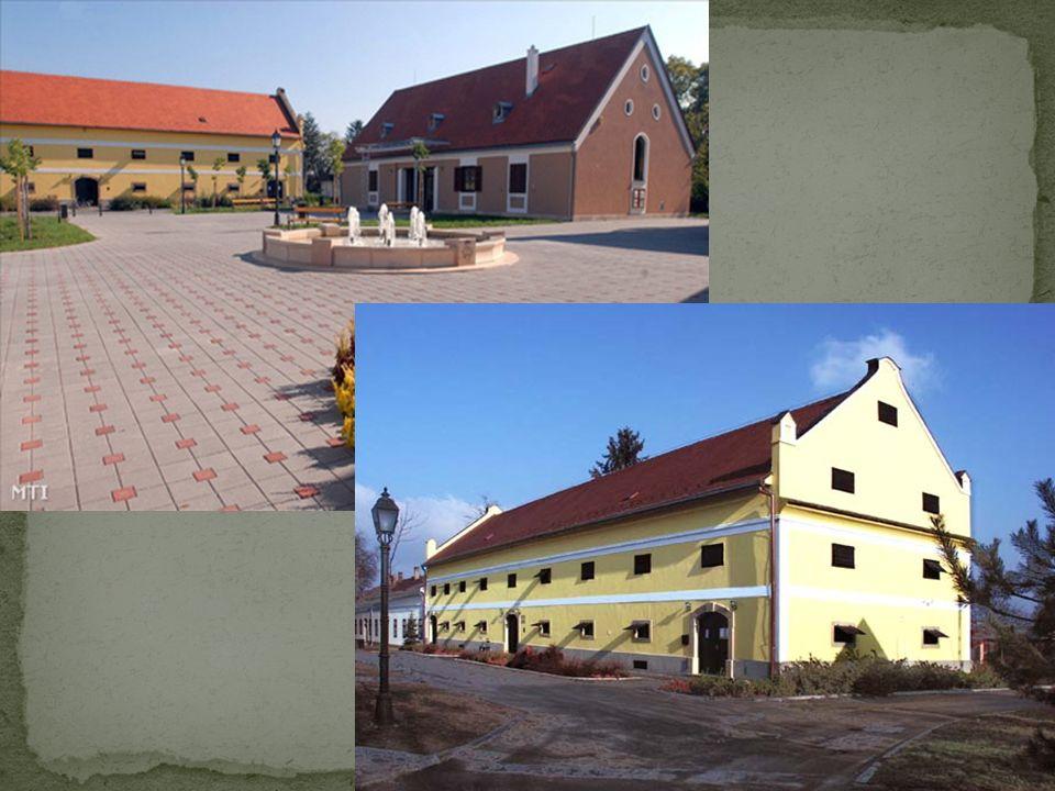 Das Batthyany-Montenuovo Schloss wurde im klassizistischen Stil gebaut.
