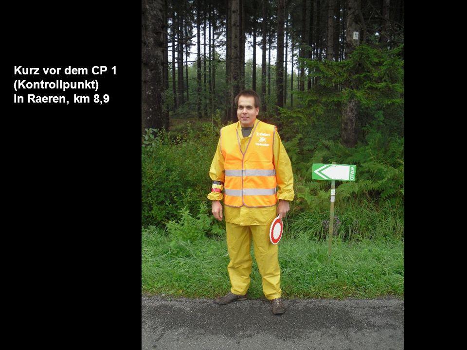Kurz vor dem CP 1 (Kontrollpunkt) in Raeren, km 8,9