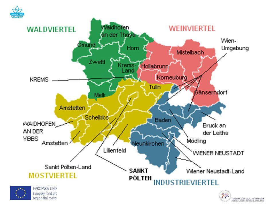 Verwaltungsgliederung in Niederösterreich Statutarstädte Bezirke 4 21 Gemeinden:573 – davon Städte:76 – davon Marktgemeinden:327 Statutarstadt/ Verwaltungssitz Einwohner 1.