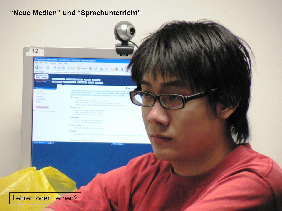 12./13.12.2008 Hess/Chaudhuri 12 B.F.Skinner: http://www.skeptically.org/sitebuildercontent/sitebuilderpictures/skinner.jpghttp://www.skeptically.org/sitebuildercontent/sitebuilderpictures/skinner.jpg Htw Saarland: https://www.htw-saarland.de/fb-bw/labore/folder.2004-12-06.9509233728/bilder/SL4https://www.htw-saarland.de/fb-bw/labore/folder.2004-12-06.9509233728/bilder/SL4 Programmierte Unterweisung (Programmed Instruction) B.F.