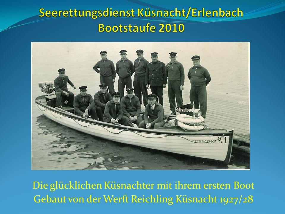 Die glücklichen Küsnachter mit ihrem ersten Boot Gebaut von der Werft Reichling Küsnacht 1927/28