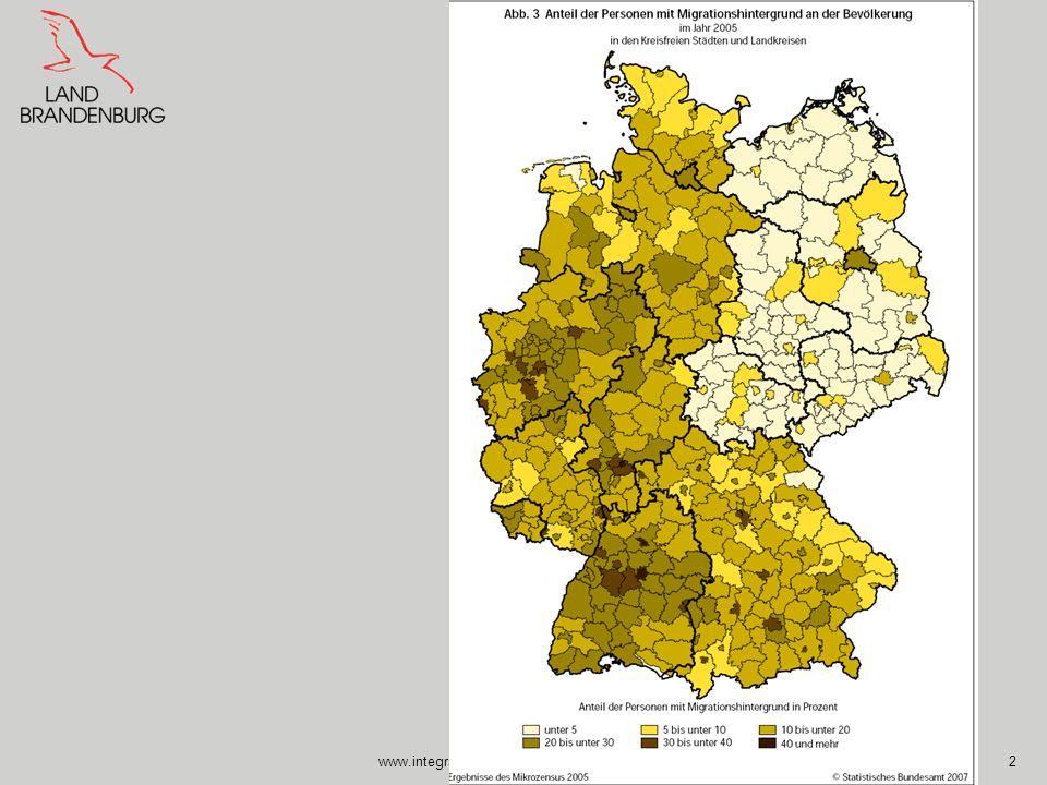 www.integrationsbeauftragte.brandenburg.de13 Die Organisation für wirtschaftliche Zusammenarbeit und Entwicklung (OECD) fordert verstärkte Anstrengungen im Kampf gegen verdeckte Diskriminierung von Zuwanderern am deutschen Arbeitsmarkt.