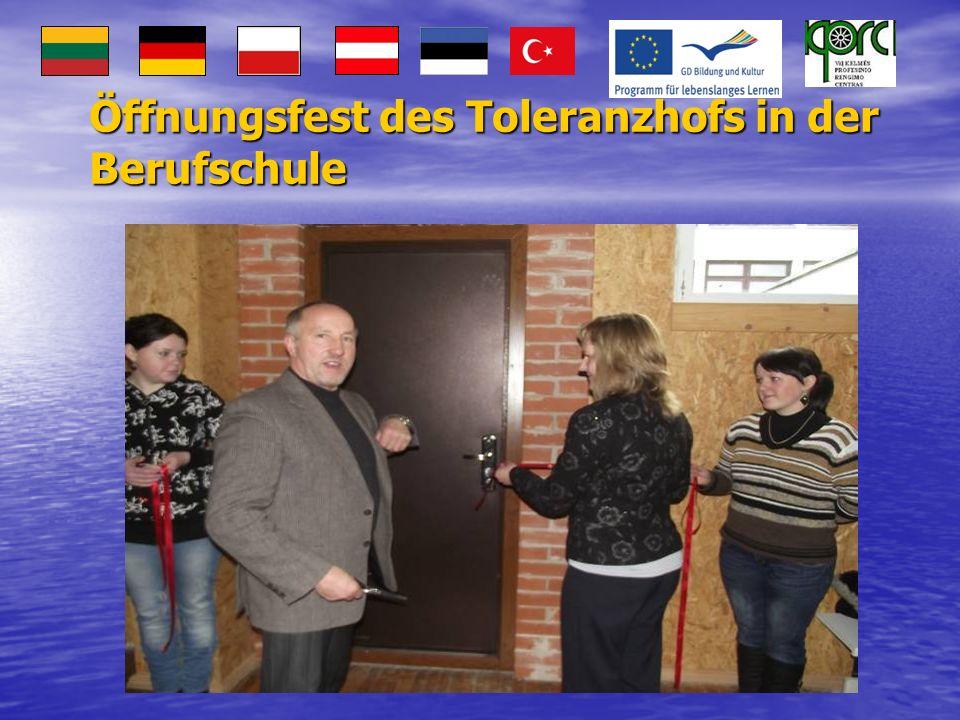 Öffnungsfest des Toleranzhofs in der Berufschule