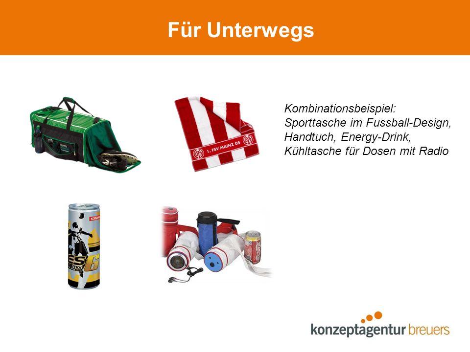 Für Unterwegs Kombinationsbeispiel: Sporttasche im Fussball-Design, Handtuch, Energy-Drink, Kühltasche für Dosen mit Radio
