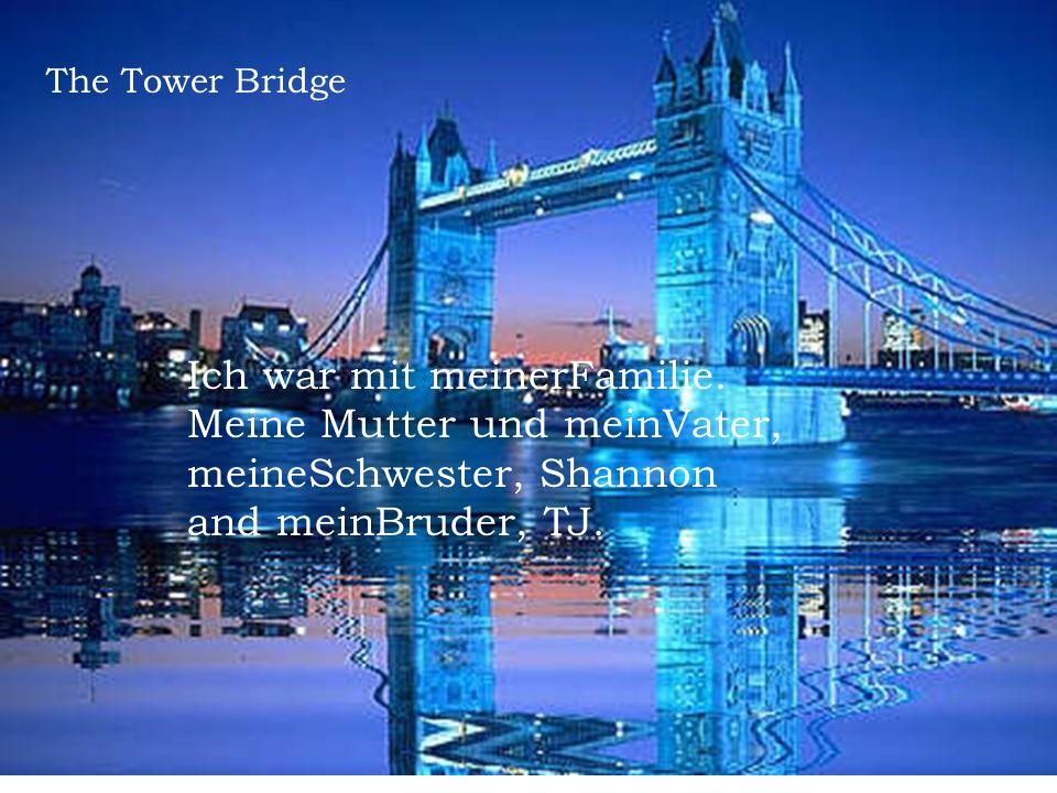 Die Temperatur war zehn grad. Das Wetter war nebelig und schön. River Thames