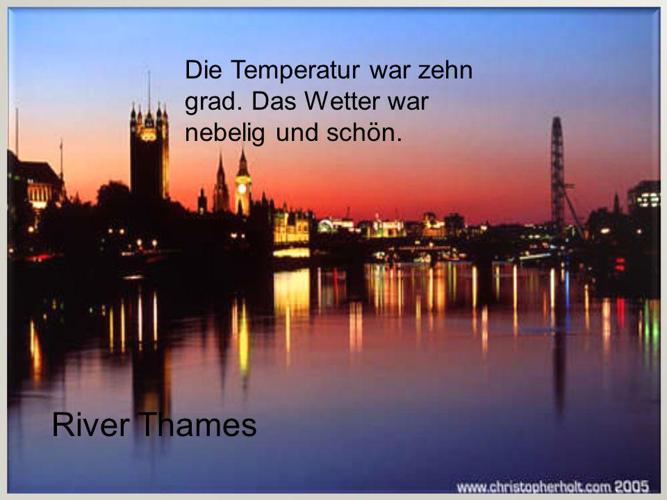 Das wetter war heiss. Es war imSommer. Das Wetter war heiss. Es war im Sommer. Trafalgar Square