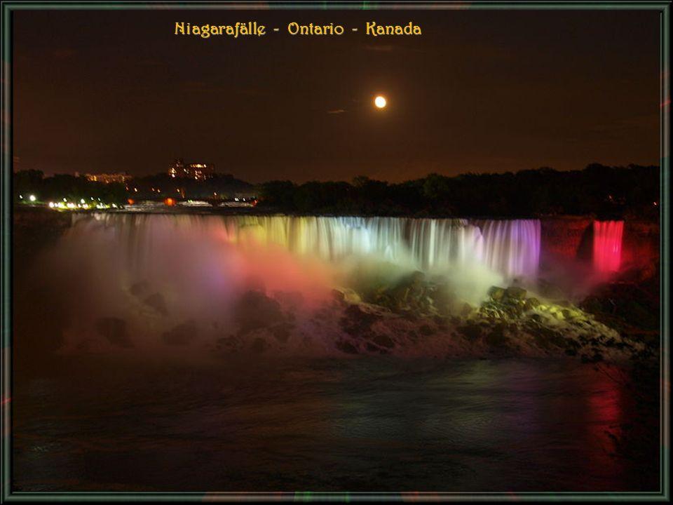 Niagarafälle - Ontario - Kanada