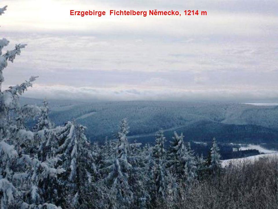 Erzgebirge Fichtelberg Německo, 1214 m