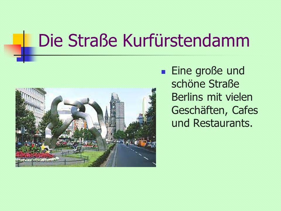 Die Straße Kurfürstendamm Eine große und schöne Straße Berlins mit vielen Geschäften, Cafes und Restaurants.