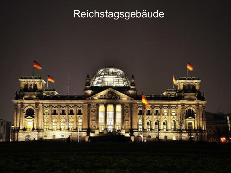 Reichstag – Sitz des Parlaments am Platz der Republik am Platz der Republik Paul Wallot Paul Wallot Neorenaissance Neorenaissance Glaskuppel – Symbol für die Demokratie Glaskuppel – Symbol für die Demokratie