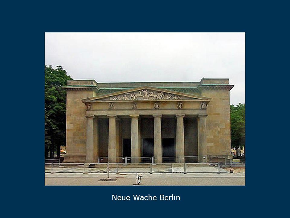 Der Gendarmenmarkt: In der Mitte das heutige Konzerthaus Berlin Gendarmenmarkt