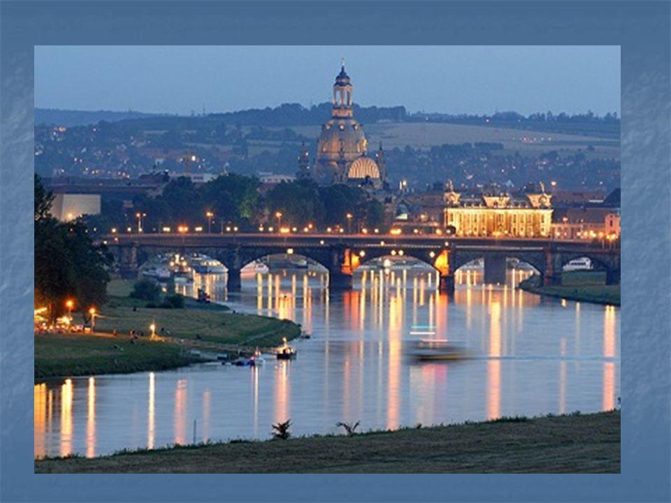 Die Stadt … nennt man Elbflorenz. a) Leipzig, b) Erfurt, c) Dresden c) Dresden