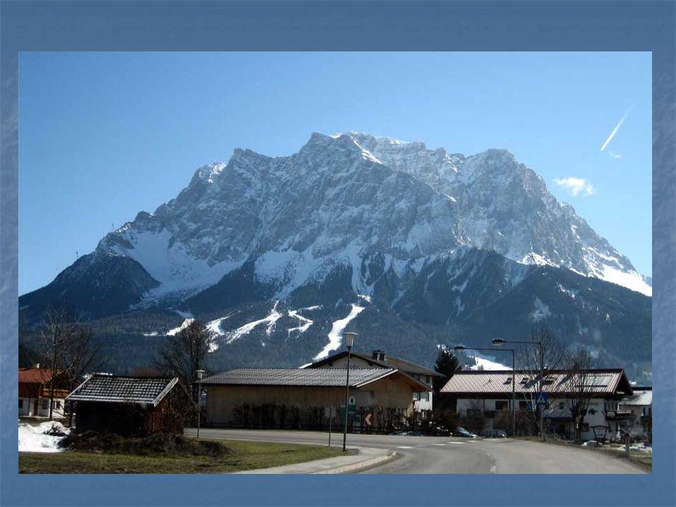 Der höchste Berg in Deutschland ist... а) die Zugzpitze, а) die Zugzpitze, b) der Brocken, b) der Brocken, c)der Fichtelberg c)der Fichtelberg