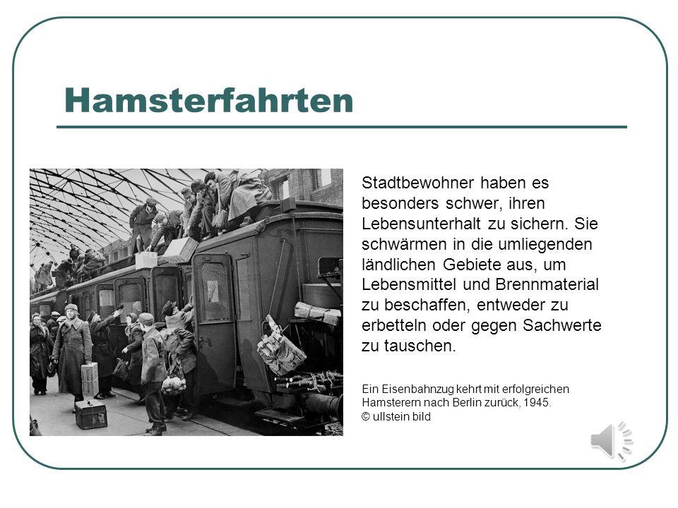 Protest gegen Mangelversorgung Hunger ist in der unmittelbaren Nachkriegszeit der alltägliche Begleiter der meisten Menschen.