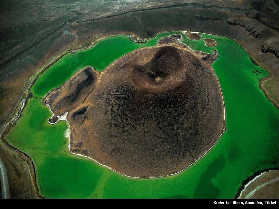 Krater bei Ilhara, Anatolien, Türkei