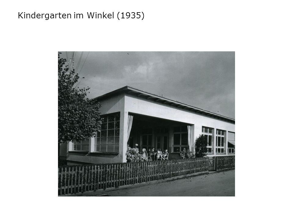 Kindergarten im Winkel (1935)