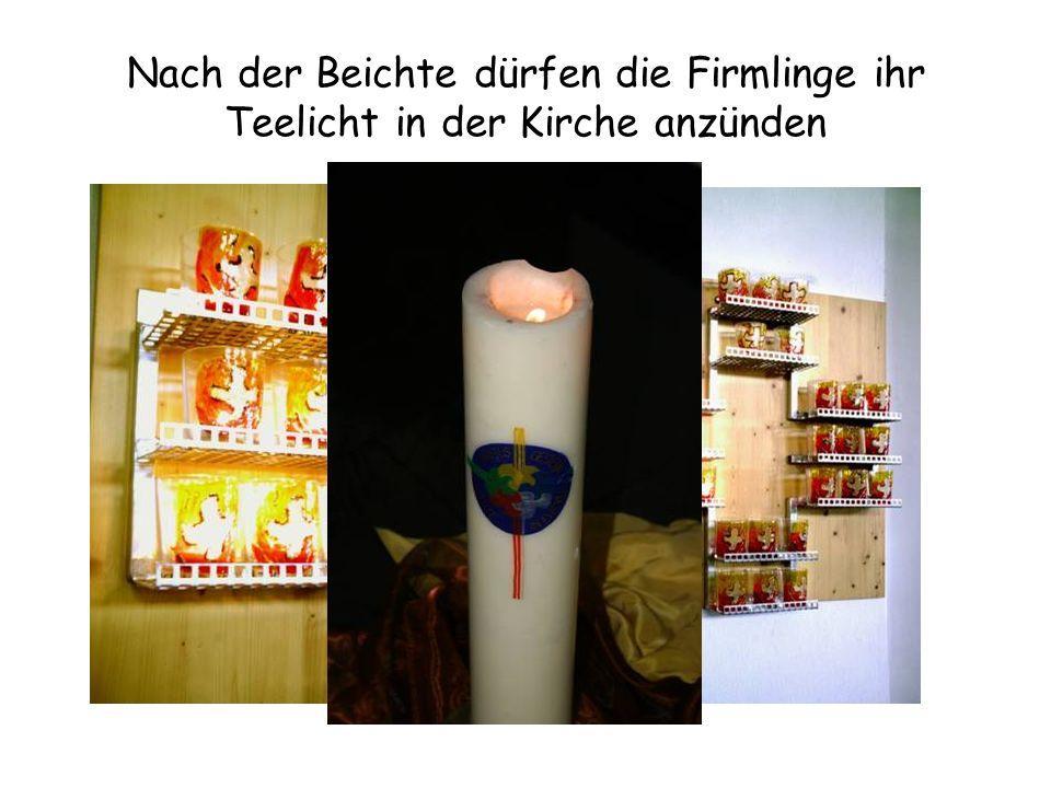 Nach der Beichte dürfen die Firmlinge ihr Teelicht in der Kirche anzünden